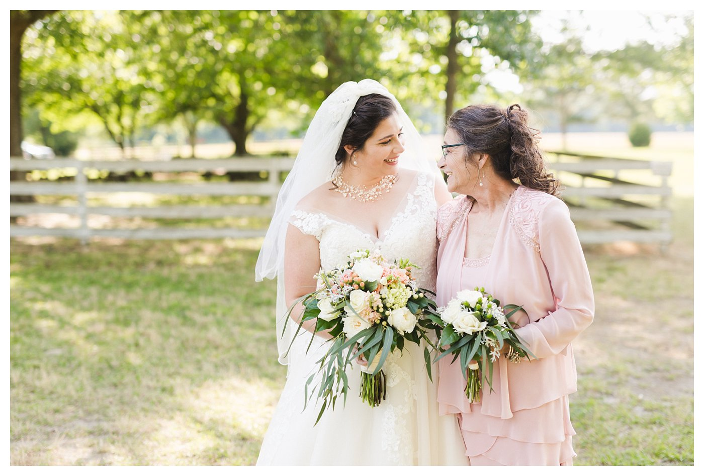 Historic_Hope_Plantation_Wedding_Photography_Sage_Summer_Outdoor_Windsor_NC_0026.jpg